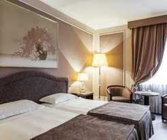 Hotel ADI DORIA GRAND