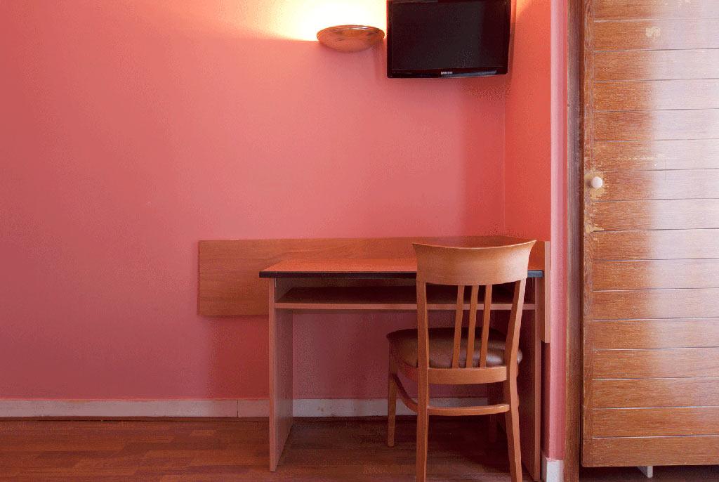Habitación doble dos camas separadas del hotel Hibiscus. Foto 1
