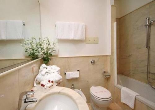 Habitación familiar  del hotel Albergo San Marco