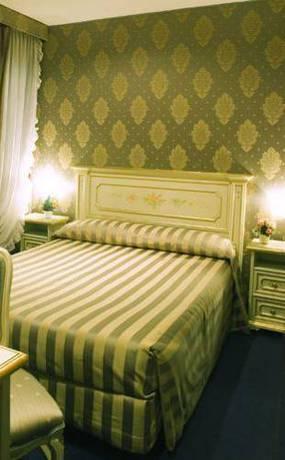 Habitación doble Económica del hotel Albergo San Marco. Foto 2