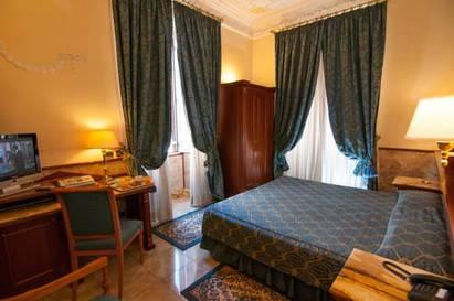 Habitación doble Lujo del hotel Palladium Palace. Foto 2