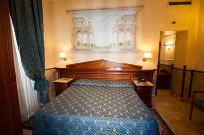 Habitación doble Lujo del hotel Palladium Palace. Foto 3