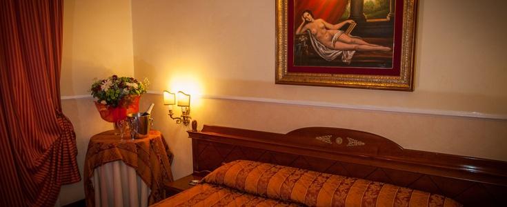 Suite  del hotel Palladium Palace. Foto 1