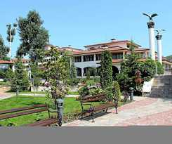 Hotel Helena VIP Villas and Suites