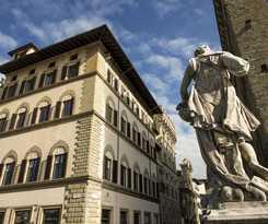 Boutique Residenza D' Epoca Antica Torre di Via Tornabuoni
