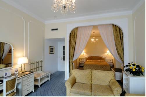 Junior suite  del hotel AMBASSADOR ZLATA HUSA
