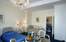 Family Suite del hotel AMBASSADOR ZLATA HUSA