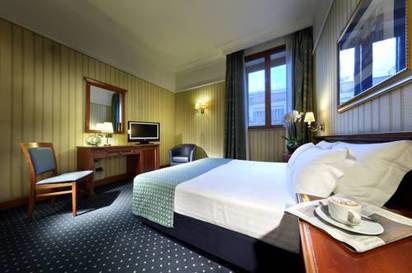 Double or Twin Room del hotel Exe International Palace. Foto 1