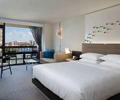 Hotel Waterstone Resort & Marina A Doubletree By Hilton