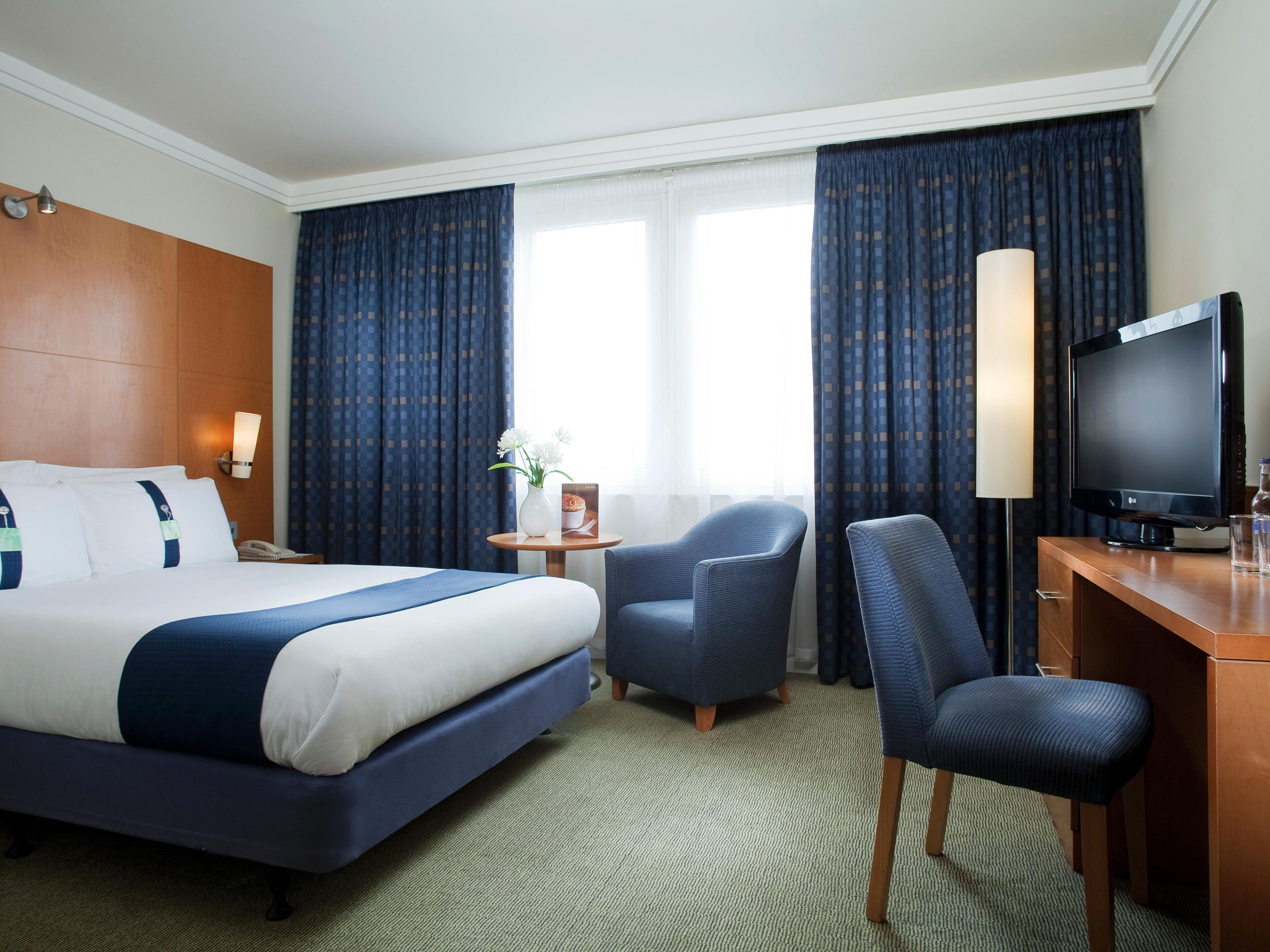 Holiday inn london brent cross reserva del hotel en for Hotel londres habitacion familiar