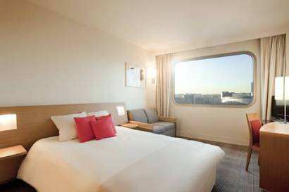 Standard Room with sofa bed del hotel Novotel Paris Tour Eiffel