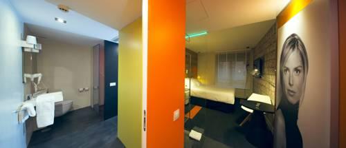 Habitación Doble + 2 camas extras del hotel Mirador de Chamartin. Foto 1