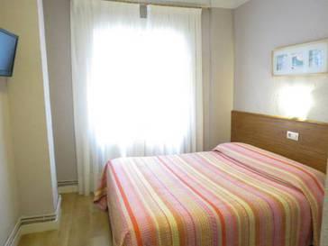 Habitación doble  del hotel Pensión Don Claudio. Foto 1