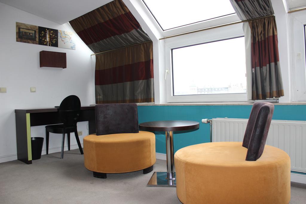 Junior Suite del hotel Floris Arlequin Grand Place. Foto 2