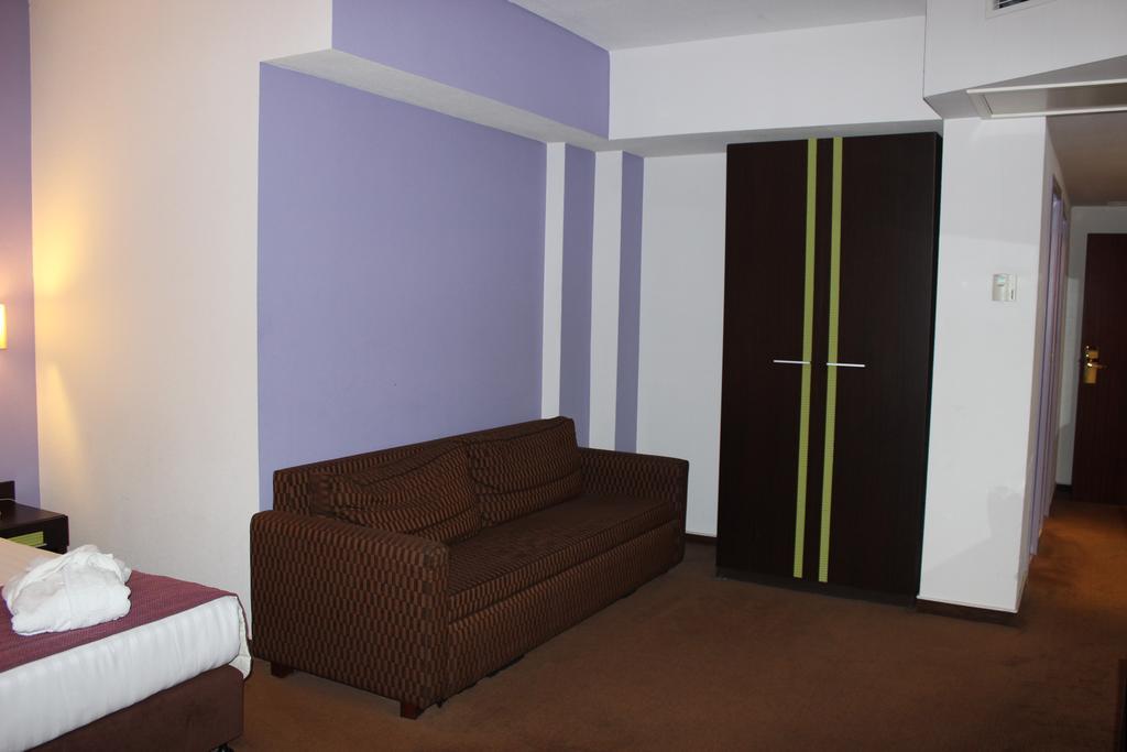 Executive Twin room del hotel Floris Arlequin Grand Place. Foto 2