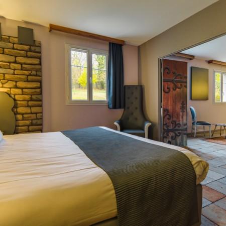 Suite Temática del hotel Explorers at Disneyland París. Foto 1