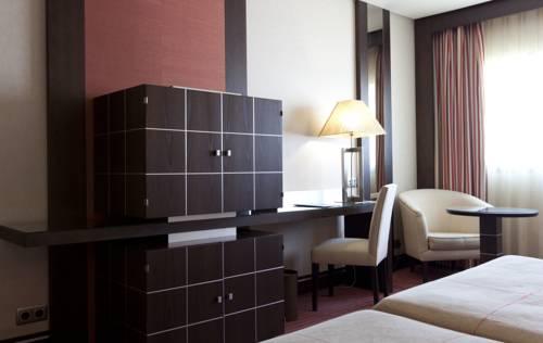 Habitación doble dos camas separadas del hotel Cordoba Center. Foto 3