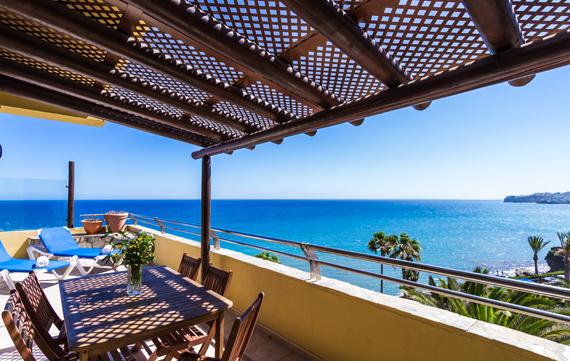 Apartamento Suite con terraza y jacuzzi del hotel Bluebay Beach Club