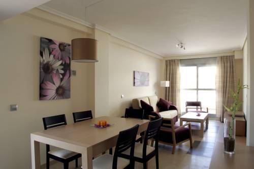 Apartamento 3 dormitorios Vista Piscina del hotel Marina Rey. Foto 1