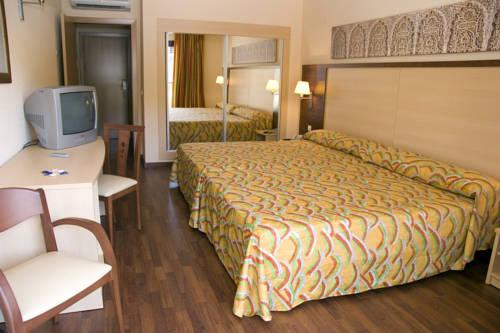 Habitación doble dos camas separadas del hotel Best Alcazar