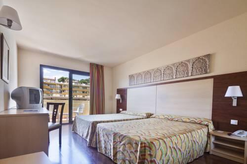 Habitación doble dos camas separadas del hotel Best Alcazar. Foto 3