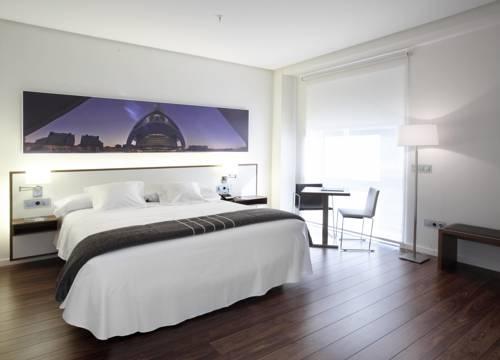 Habitación doble Terraza Superior del hotel Primus Valencia. Foto 1