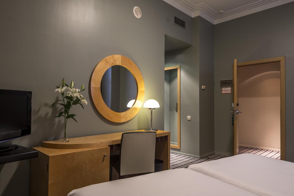 BÁSICA del hotel Room Mate Larios