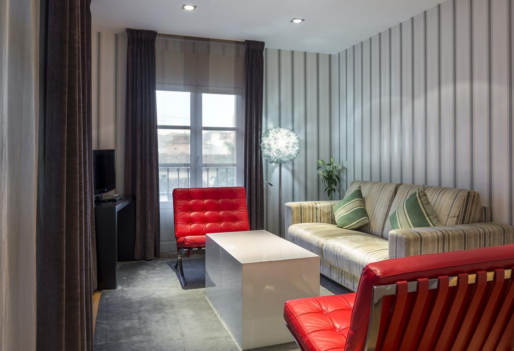 Apartamento 1 dormitorio Anexo del hotel Room Mate Larios. Foto 1