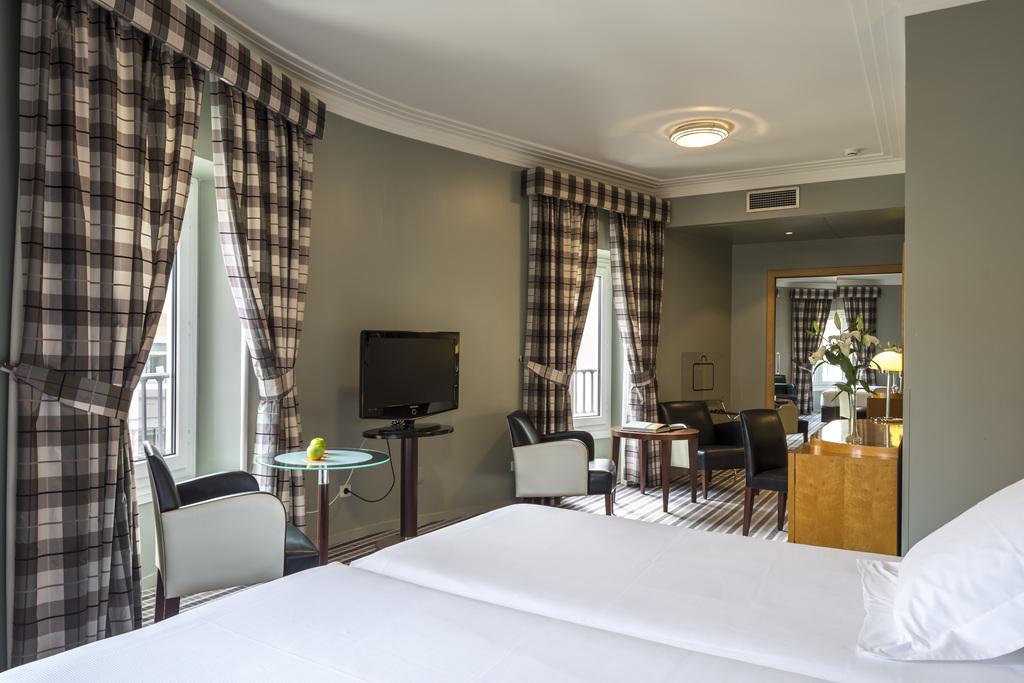 Junior suite  del hotel Room Mate Larios. Foto 3
