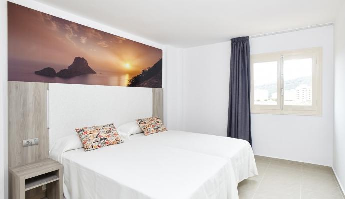 Apto. 2 dormitorios ( 1 dorm doble + 1 dorm individual) del hotel Mar i Vent. Foto 2