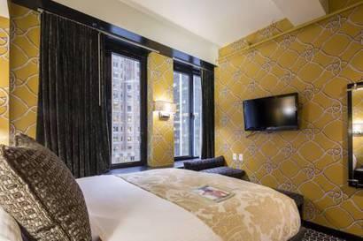 Habitación doble Cama King del hotel Room Mate Grace. Foto 1