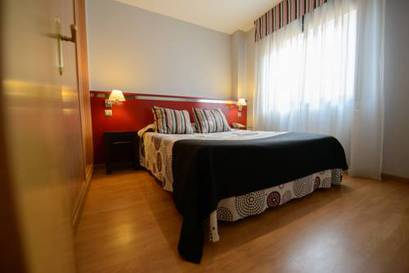 Habitación doble  del hotel Ascarza Badajoz