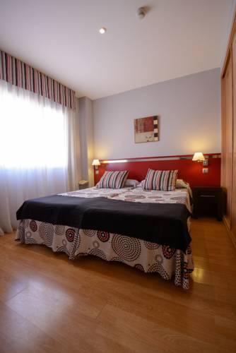 Habitación doble dos camas separadas del hotel Ascarza Badajoz