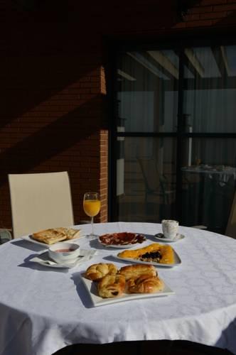 Habitación doble Terraza Superior dos camas separadas del hotel Ascarza Badajoz