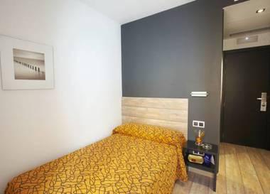 Habitación individual  del hotel Rey Don Sancho