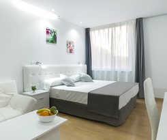 Apartamentos BlueSense Madrid Genova