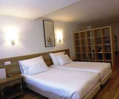 Hotel TRES REYES-IRUÑA PALACE