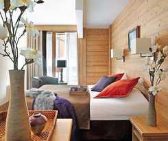 Hotel Pierre And Vacances Résidence premium Les Chalets du Forum