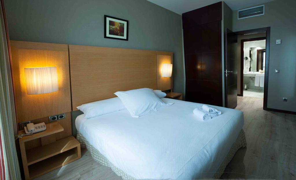Suite  del hotel Sercotel Princesa de Eboli