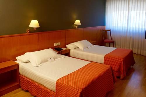 Habitación doble dos camas separadas del hotel Shs Aeropuerto. Foto 1