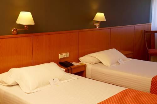Habitación doble dos camas separadas del hotel Shs Aeropuerto. Foto 2