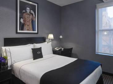 Mini Full del hotel Night Hotel Times Square
