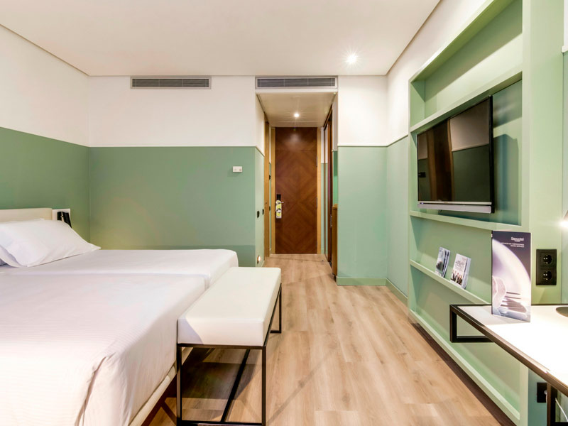 Suite  del hotel Sercotel Acteon. Foto 1