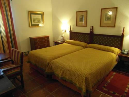 Habitación doble dos camas separadas del hotel Parador de Jaén