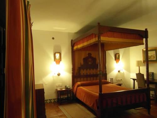 Habitación doble Superior del hotel Parador de Jaén. Foto 2