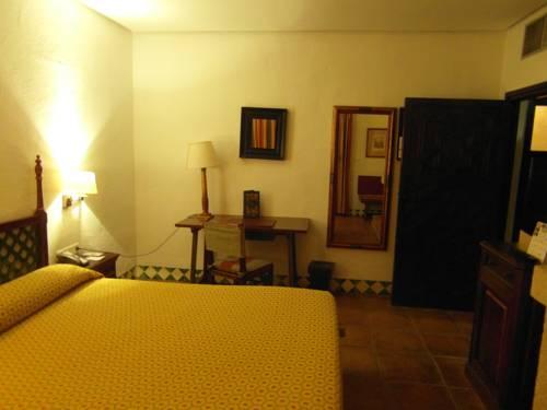 Habitación doble  del hotel Parador de Jaén. Foto 3