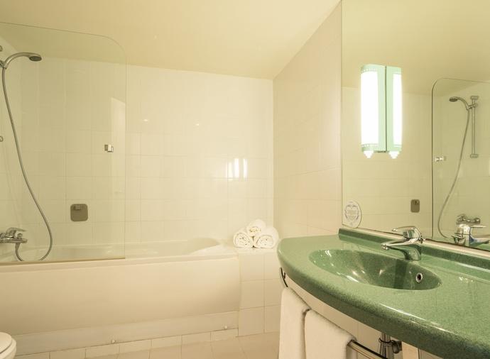 Habitación doble Superior del hotel Ilunion Valencia 3. Foto 1