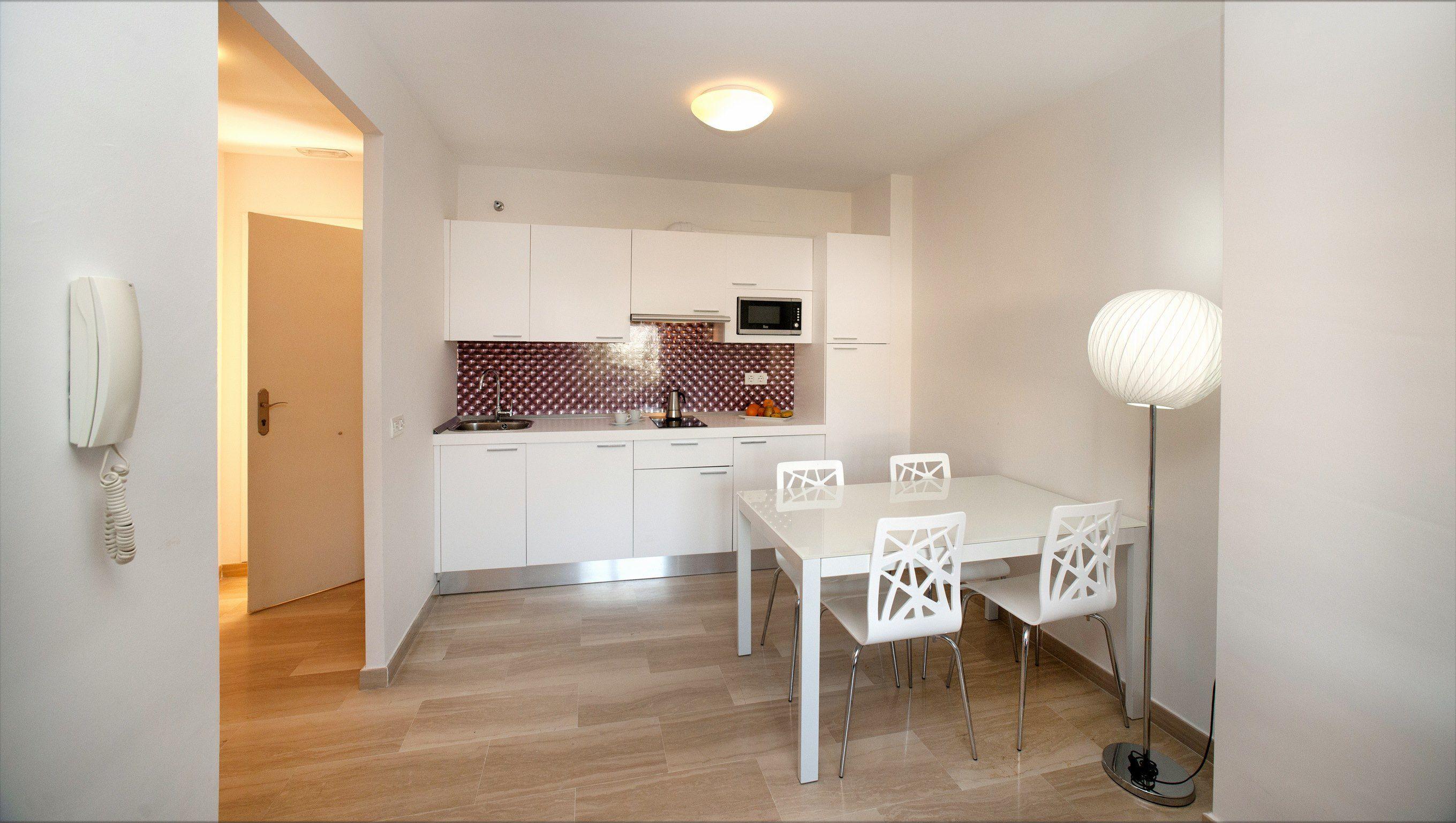 Apartamento 1 dormitorio Superior del hotel Leo Canela. Foto 1