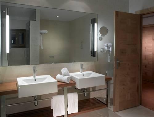 Habitación doble dos camas separadas del hotel Parador de Toledo