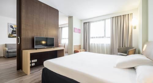 Habitación doble Superior del hotel Ilunion Valencia. Foto 1